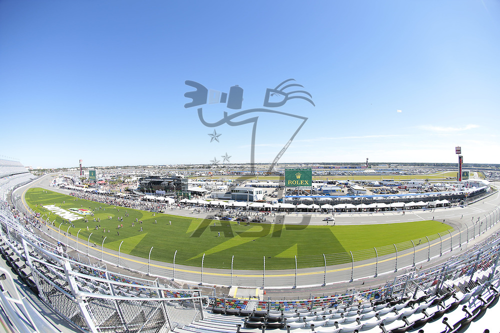 Daytona Beach, FL - Jan 29, 2016:  The IMSA WeatherTech Sportscar Championship teams take to the track for the Rolex 24 at Daytona at Daytona International Speedway in Daytona Beach, FL.