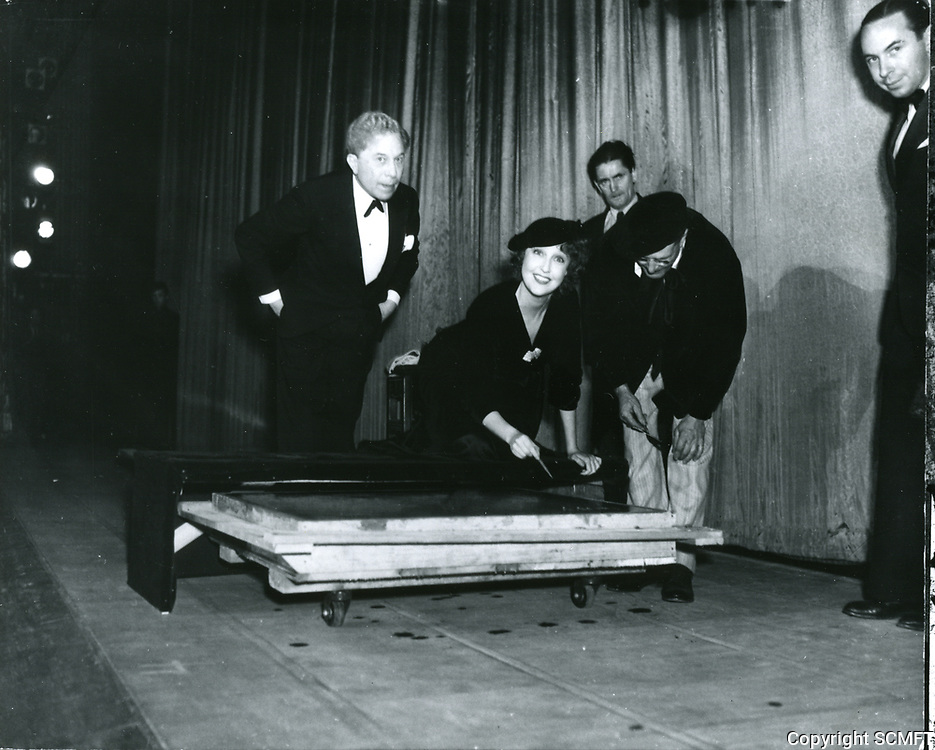 1934 Jeanette Macdonald's hand/footprint ceremony at Grauman's Chinese Theater