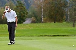 05.10.2010, Golfclub, Zell am See Kaprun, AUT, European Paragolf Championships 2010, im Bild Stefan Morkholt, DEN, ärgert sich, EXPA Pictures © 2010, PhotoCredit: EXPA/ J. Feichter