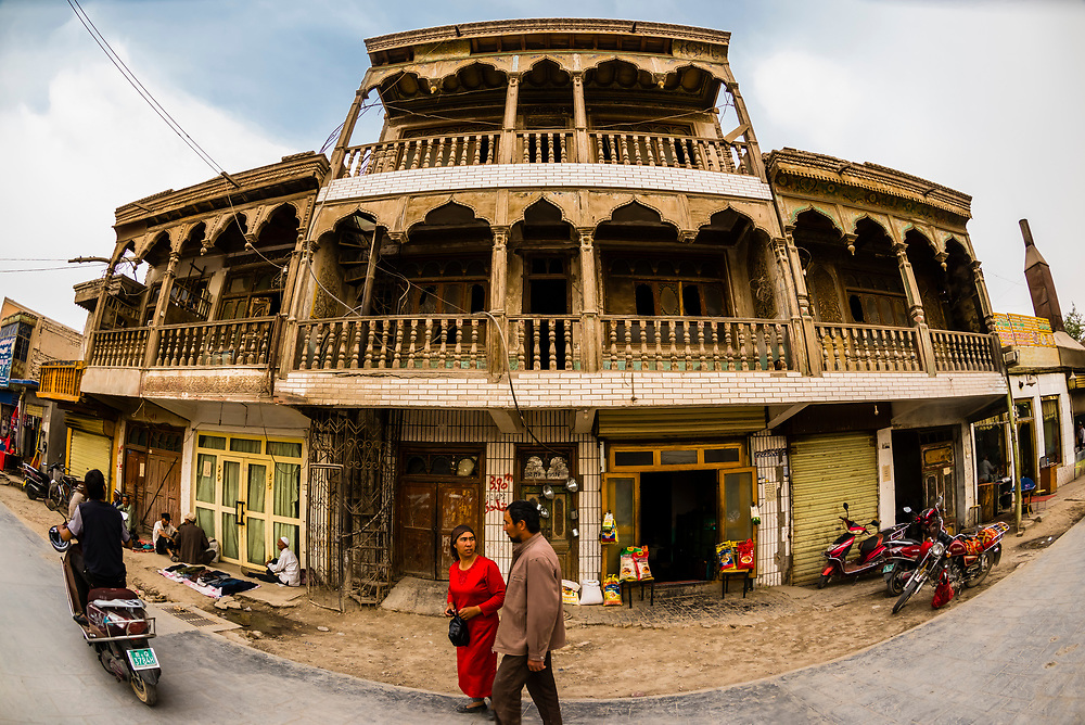 Old Town, Yarkand, on the Southern Silk Road (it was an important caravan town), at the southern edge of the Taklamakan Desert. Xinjiang Province, China.