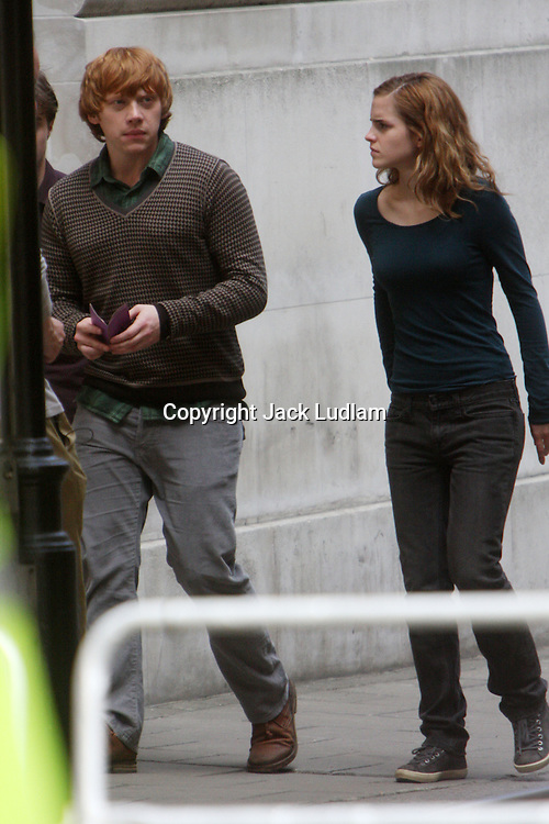 Harry Potter and the Deathly Hallows Emma Watson, Daniel Radcliffe, Rupert Grint, Filming in Whitehall London 28 june 09, High Quality Prints please enquire via contact Page. Rights Managed Downloads available for Press and Media