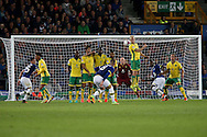 Ross Barkley of Everton gets his free kick over the wall but sees his effort saved. EFL Cup, 3rd round match, Everton v Norwich city at Goodison Park in Liverpool, Merseyside on Tuesday 20th September 2016.<br /> pic by Chris Stading, Andrew Orchard sports photography.