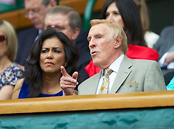 27.06.2012, Wimbledon, London, GBR, WTA, The Championships Wimbledon, im Bild Bruce Forsyth in the Royal Box during the Ladies' Singles 1st Round match on day three of the WTA Tour Wimbledon Lawn Tennis Championships at the All England Lawn Tennis and Croquet Club, London, Great Britain on 2012/06/27. EXPA Pictures © 2012, PhotoCredit: EXPA/ Propagandaphoto/ David Rawcliff..***** ATTENTION - OUT OF ENG, GBR, UK *****