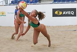 20160724 NED: NK Beachvolleybal 2016, Scheveningen <br />Emi van Driel <br />©2016-FotoHoogendoorn.nl / Pim Waslander