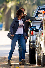 Katie Holmes shows her angry side on set - 5 Nov 2018