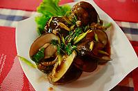 clams-street food night restaurants- siem reap