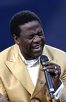 Al Green performing at the United We Stand: What More Can I Give?  benefit concert at RFK Stadium in Washington, DC.  October 21, 2001 (Photo by Jeff Snyder)