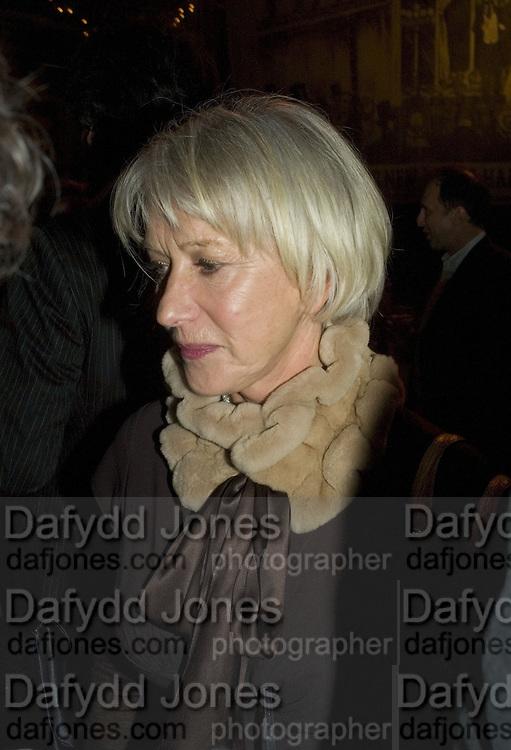 HELEN MIRREN, Discover Wilton's Music Hall, Fundraising event. Graces alley, Ensign St. London. 5 December 2007. -DO NOT ARCHIVE-© Copyright Photograph by Dafydd Jones. 248 Clapham Rd. London SW9 0PZ. Tel 0207 820 0771. www.dafjones.com.