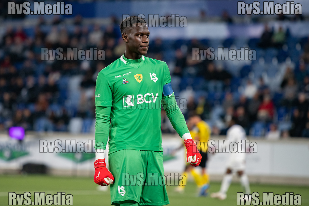LAUSANNE, SWITZERLAND - SEPTEMBER 22: Goalkeeper Mory Diaw #40 of FC Lausanne-Sport looks dejected after conceding a goal during the Swiss Super League match between FC Lausanne-Sport and BSC Young Boys at Stade de la Tuiliere on September 22, 2021 in Lausanne, Switzerland. (Photo by Basile Barbey/RvS.Media)