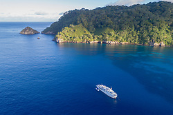 Luftaufnahme von Cocos Island, Costa Rica, Pazifik / Aerial View from Cocos, Costa Rica, Pacific Ocean