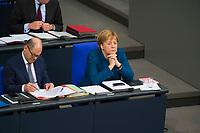 DEU, Deutschland, Germany, Berlin, 21.11.2018: Bundeskanzlerin Dr. Angela Merkel (CDU) und Bundesfinanzminister Olaf Scholz (SPD) während einer Plenarsitzung im Deutschen Bundestag.