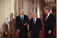 Washington DC 1996/12/24 Arafat and Israeli Prime Minister Benjamin Netanyahu King Hussein of Jordan and President William Clinton, at a Middle East  Peace event.  Photo by Dennis Brack