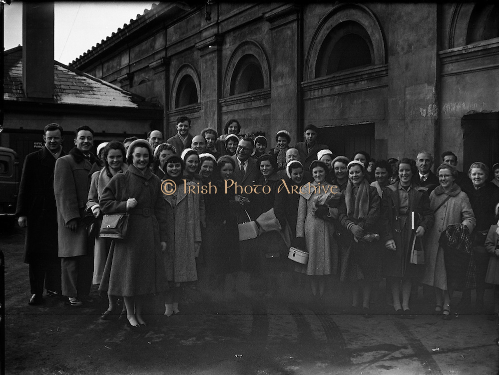 Come to Cork, celebrate the city, the people and the jobs, especially the IT jobs. Like in the 1960s. The whole Irish Photo Archive Team prays for a wonderful Event this year..
