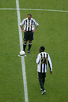 Photo: Andrew Unwin.<br /> Newcastle United v Glasgow Celtic. Alan Shearer Testimonial. 11/05/2006.<br /> Newcastle's Alan Shearer prepares to kick-off his testimonial game.
