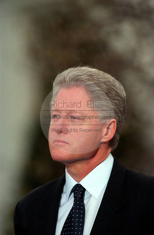 U.S President Bill Clinton addresses the nation outside the White House following his impeachment December 19, 1998 in Washington, DC.  The US House of Representatives impeached Clinton on charges of perjury and obstruction of justice. Clinton rejected calls for his resignation and vowed to continue in office.