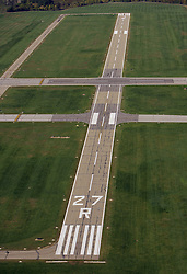 Runway 27R at KSBN<br /> <br /> Photo by Matt Cashore..Use of this image prohibited without authorization and/or compensation..To contact Matt Cashore:.574.220.7288.574.233.6124.cashore1@michiana.org.www.mattcashore.com