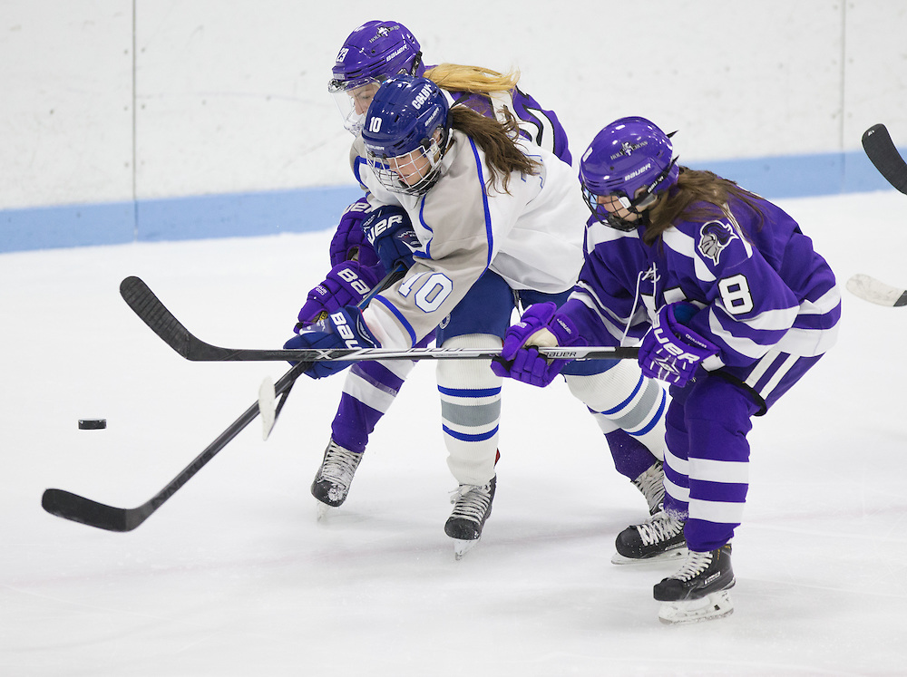 Breanna Davis, of Colby College, in a NCAA Division III hockey game against Holy Cross on January 13, 2015 in Waterville, ME. (Dustin Satloff/Colby College Athletics)