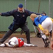 NLD/Huizen/20060525 - Softbal, Zuidvogels Huizen - HCAW