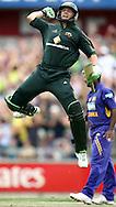 5-SPORT.Paul Kane (Getty Images).Adam Gilchrist of Australia celebrates scoring his century during the Commonwealth Bank Series match between Australia and Sri Lanka.
