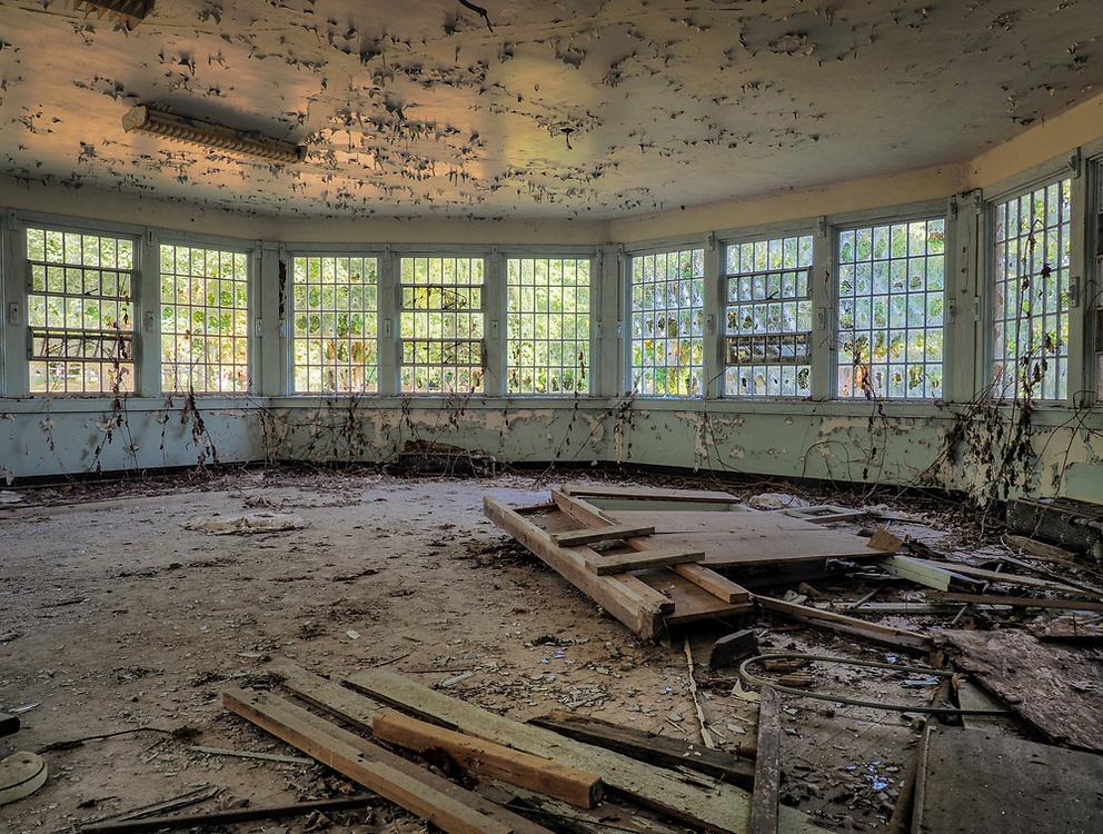 United States, Washington, Sedro-Woolley, ruins of dining room at abandoned Northern State Hospital