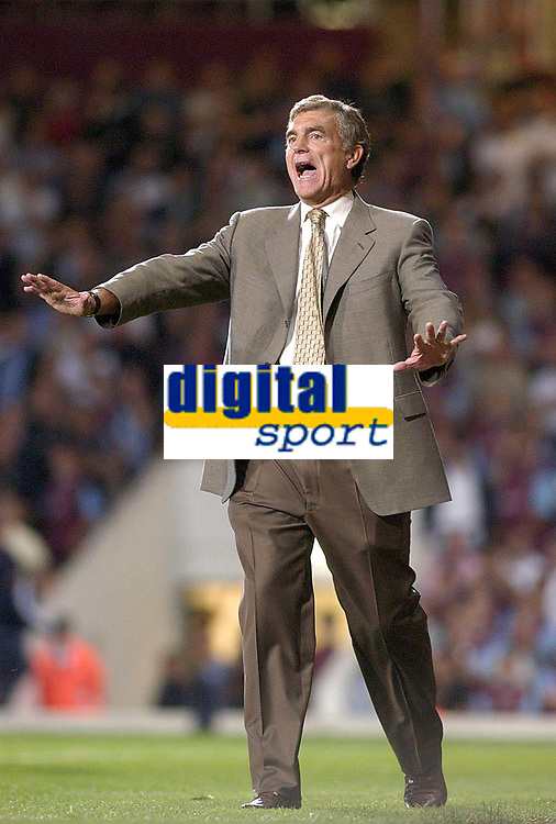 Photo. Glyn Thomas<br />West Ham Utd v Bradford City. Nationwide Division 1.<br />Upton Park, West Ham, London. 26/08/2003.<br />Trevor Brooking shows his players who's boss in his team's 1-0 victory.