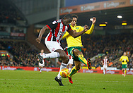 Sheffield United's Clayton Donaldson and Norwich City's Jamal Lewis during the EFL Sky Bet Championship match between Norwich City and Sheffield Utd at Carrow Road, Norwich, England on 20 January 2018. Photo by John Marsh.