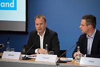 DEU, Deutschland, Germany, Berlin, 16.12.2016: Hans Joachim Diercks und Marcus Pretzell (MdEP, AfD) bei einer Pressekonferenz der Partei Alternative für Deutschland (AfD), auf der eine App für verunsicherte Bürger vorgestellt wird.