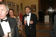 HOWARD JACOBSON, Royal Academy Annual dinner. Royal Academy, Piccadilly. 6 June 2006. ONE TIME USE ONLY - DO NOT ARCHIVE  © Copyright Photograph by Dafydd Jones 66 Stockwell Park Rd. London SW9 0DA Tel 020 7733 0108 www.dafjones.com