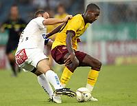 Fotball<br /> 21.07.2010<br /> Foto: Gepa/Digitalsport<br /> NORWAY ONLY<br /> <br /> SK Sturm Graz vs Arsenal FC<br /> <br /> Bild zeigt Mario Haas (Sturm) und Johan Djourou (Arsenal).