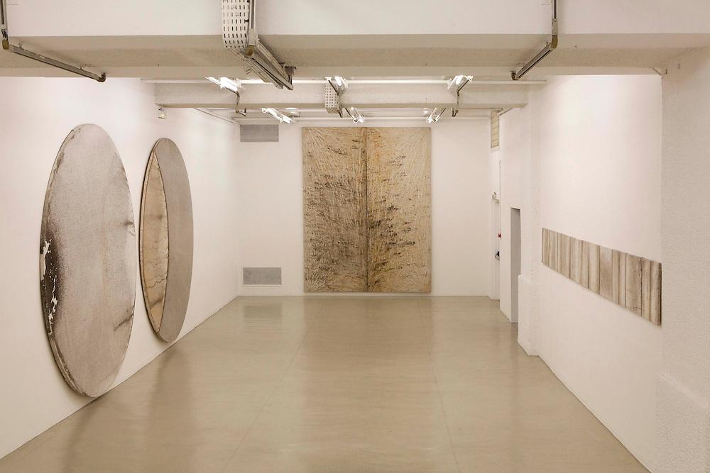 """Exposition """"Translation"""" de Clément Borderie à galerie Fernand Léger de la ville d'Ivry-sur-Seine, 2013."""