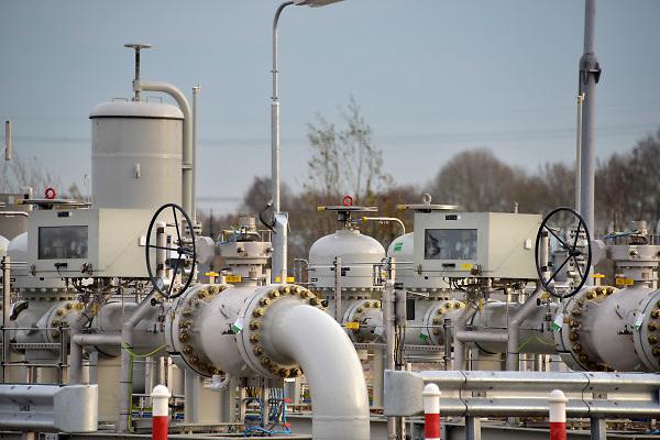 Nederland, Zevenaar, 29-11-2018Gastransportstation van de Gasunie . Transport services . Hier is conversie van L-gas markt in Duitsland mogelijk en kan H-gas geleverd worden uit diverse en bronnen en door diverse transportroutes, zowel uit Zuid-Europa en West-Europa. Foto: Flip Franssen