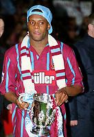 Dalian Atkinson (Villa) with trophy. Aston Vila v Manchester United Coca Cola League Cup Final 1994 @ Wembley. 27/03/94 Credit : Colorsport / Andrew Cowie