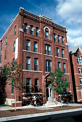 Missouri: Kansas City.  Quality Hill houses.  Photo #: kansas107..Photo copyright Lee Foster, www.fostertravel.com, 510-549-2202, lee@fostertravel.com
