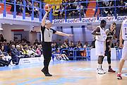 DESCRIZIONE : Brindisi  Lega A 2015-16 Enel Brindisi Pasta Reggia Juve Caserta<br /> GIOCATORE : Luigi Lamonica<br /> CATEGORIA : Arbitro Referee Before Pregame Mani<br /> SQUADRA : Enel Brindisi Pasta Reggia Juve Caserta<br /> EVENTO : Enel Brindisi Pasta Reggia Juve Caserta<br /> GARA :Enel Brindisi  Pasta Reggia Juve Caserta<br /> DATA : 24/04/2016<br /> SPORT : Pallacanestro<br /> AUTORE : Agenzia Ciamillo-Castoria/M.Longo<br /> Galleria : Lega Basket A 2015-2016<br /> Fotonotizia : <br /> Predefinita :