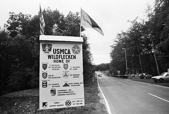 Duitsland, Wildflecken, 25-9-1987Op een amerikaanse legerbasis langs de grens met de DDR, oost-duitsland. Burger King. Ingang.Foto: Flip Franssen/Hollandse Hoogte
