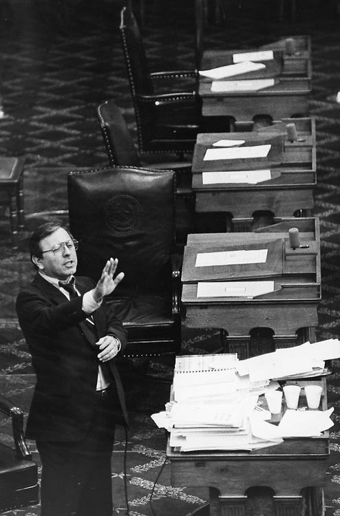 ©1991 FILIBUSTER:  Texas State Sen. Carlos Truan D-Corpus Christi, during a filibuster on the Senate floor