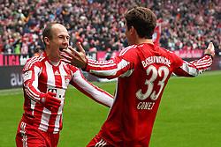 12-02-2011 VOETBAL: BAYERN MUNCHEN - TSG 1899 HOFFENHEIM: MUNCHEN<br /> Jubel nach dem 1-0 Arjen Robben (Bayern #10) und Mario Gomez (Bayern #33)<br /> ***NETHERLANDS ONLY***<br /> ©2010- FRH-nph / Straubmeier
