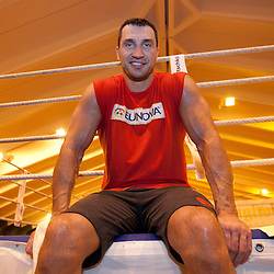 20111122: AUT, Boxing - Wladimir Klitschko during a training session at Hotel Stanglwirt, Going
