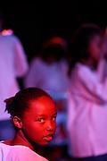 Belo Horizonte_MG, Brasil...Garota, do projeto Alem do Som realizado no Recanto do Menor, em uma apresentacao...A girl, of Alem do Som project realized in Recanto do Menor, in a presentation...Foto: LEO DRUMOND / NITRO