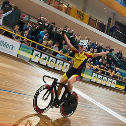 28-12-2014: Wielrennen: NK Baanwielrennen: Apeldoorn<br />Winanda Spoor wint overtuigend de scratch voor Kirsten Wild en Kelly Markus