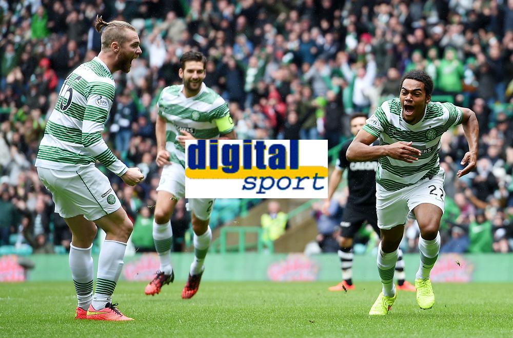 16/08/14 SCOTTISH PREMIERSHIP<br /> CELTIC v DUNDEE UTD<br /> CELTIC PARK - GLASGOW<br /> Sheer delight for Celtic debutant Jason Denayer (right) after bagging the opening goal