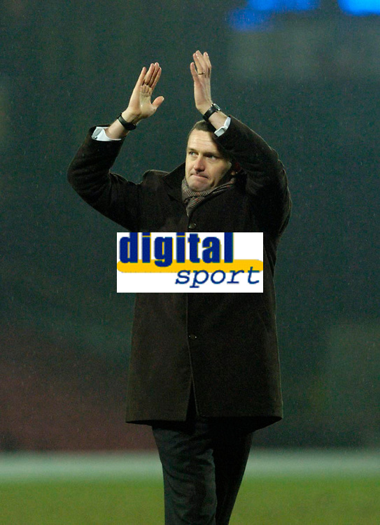 Photo: Leigh Quinnell.<br /> Watford v Stoke City. Coca Cola Championship.<br /> 14/01/2006. Watford manager Aidy Boothroyd celebrates the win.