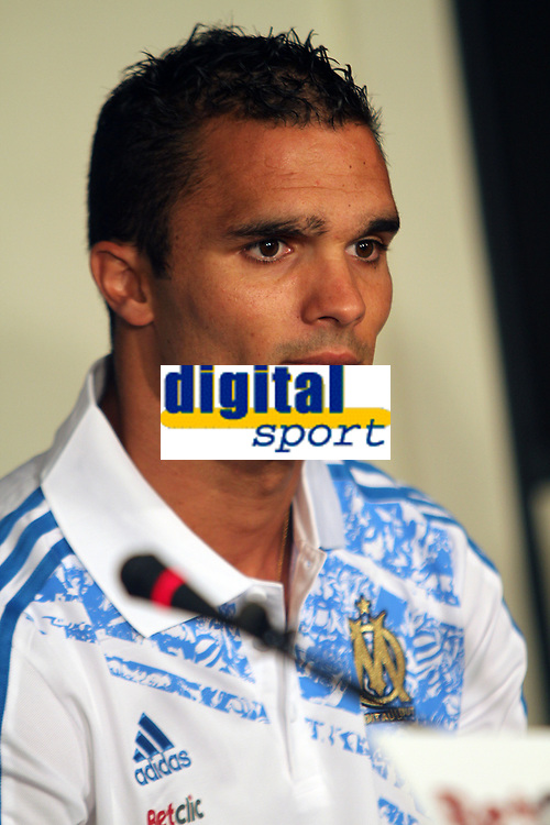 FOOTBALL - MISCS - FRENCH CHAMPIONSHIP 2011/2012 - LIGUE 1 -OLYMPIQUE MARSEILLE - 29/06/2011 - PHOTO PHILIPPE LAURENSON / DPPI - MARSEILLE'S NEWS PLAYERS JEREMY MOREL DURING HIS PRESENTATION