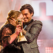 NLD/Hilversum//20170218 - Finale The Voice of Holland 2017, winnares Pleun Bierbooms en coach Waylon
