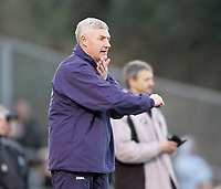 Photo: Lee Earle.<br /> Plymouth Argyle v Norwich City. Coca Cola Championship.<br /> 14/01/2006. Norwich manager Nigel Worthington.