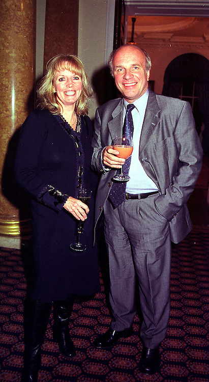 MR GREG DYKE the new Director General of the BBC and MS.SUE HOWES, at a reception in London on 17th November 1999.MZF 88