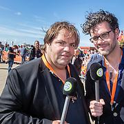 NLD/Scheveningen/20160713 - Perspresentatie sporters voor de Olympische Spelen 2016 in Rio de Janeiro, presentatoren Buro Sport Frank Evenblij en Erik Dijkstra