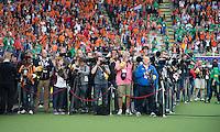 DEN HAAG -WORLD CUP Hockey 2014.  Fotografen in afwachting van de prijsuitreiking.  COPYRIGHT  KOEN SUYK