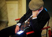 Man with smartphone. Roma 12 Gennaio 2018. Christian Mantuano / OneShot