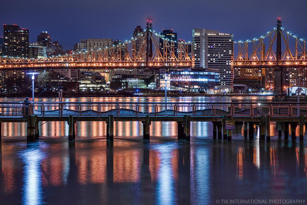 East River, Roosevelt Island & Ed Koch Queensboro Bridge